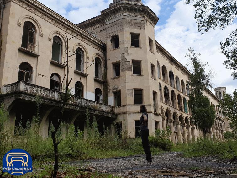 das Sanatorium Iveria von außen